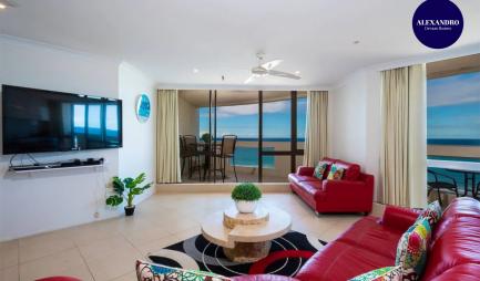 3-bedroom-apartment-panoramic-ocean-views